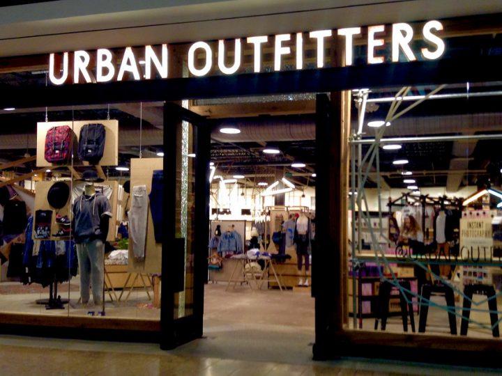 Značky, čo nás bavia: Urban Outfitters